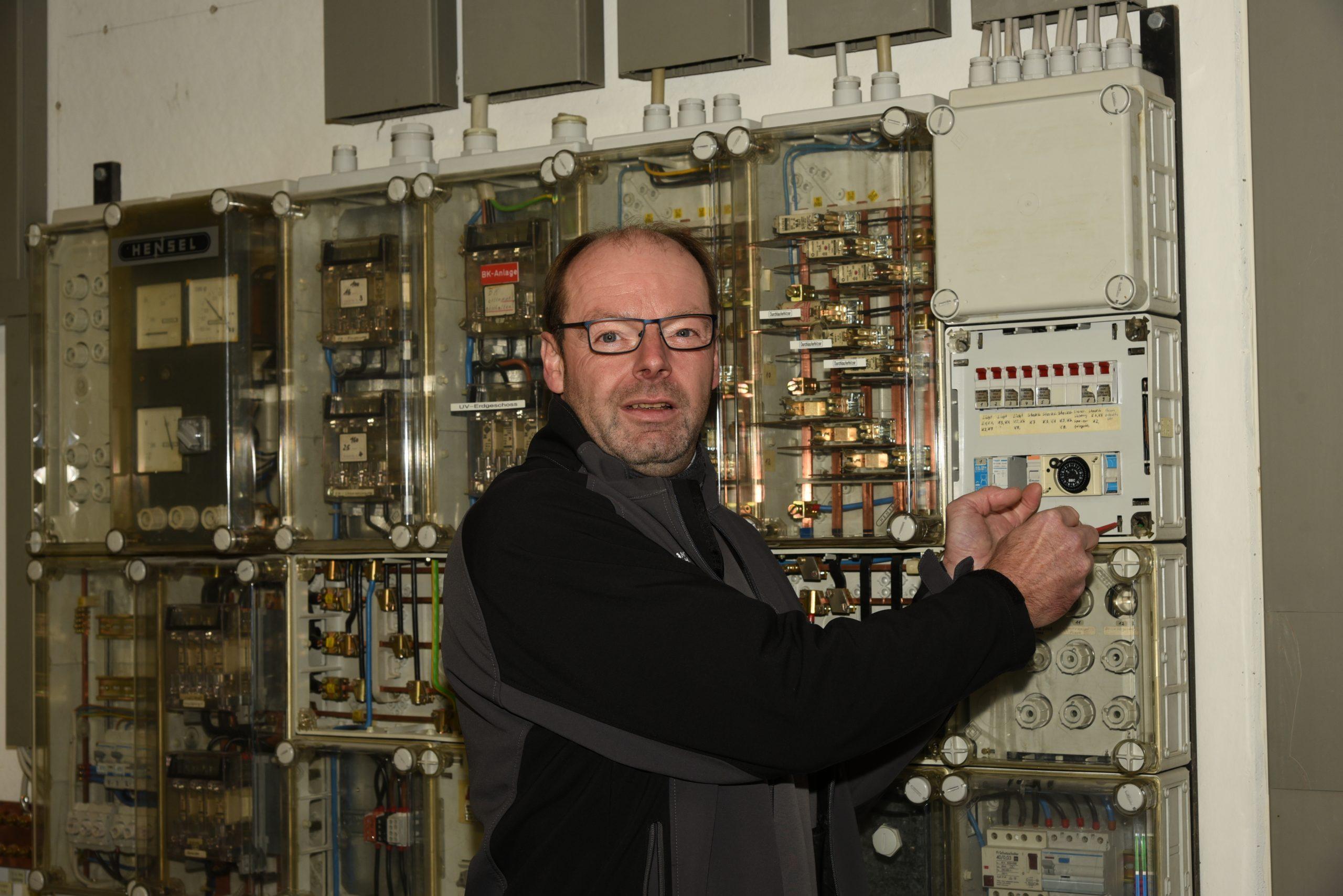 Elektriker im Einsatz